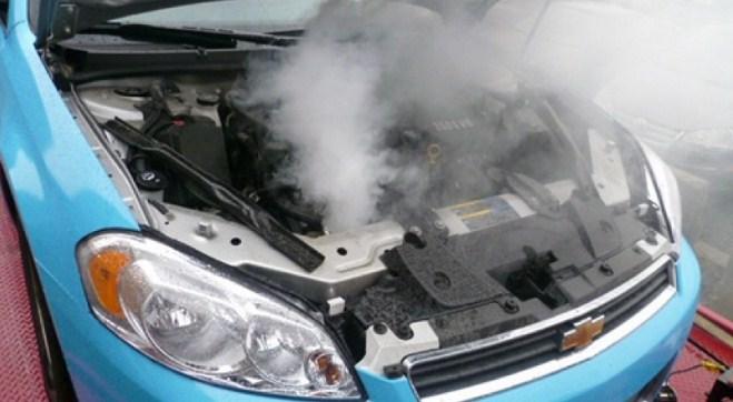 Penyebab dan Cara Mengatasi Mesin Mobil Cepat Panas